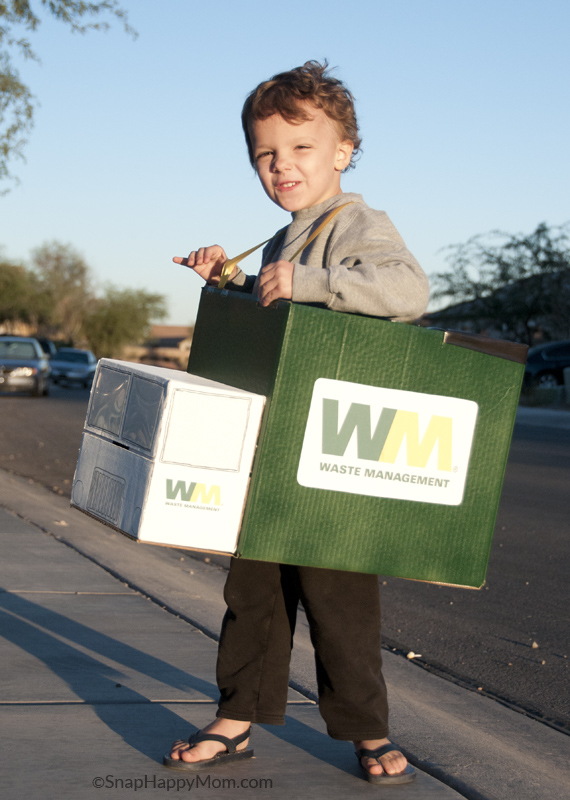 Garbage Truck Costume  sc 1 st  Snap Happy Mom & Our Family Halloween Costumes: Waste Management! - Snap Happy Mom