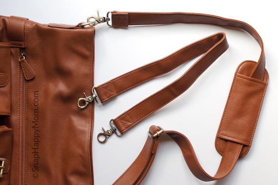 Two Strap Options on a Jo Totes Gracie Camera Bag - SnapHappyMom.com