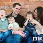 L Family Sneak Peek - SnapHappyMom.com