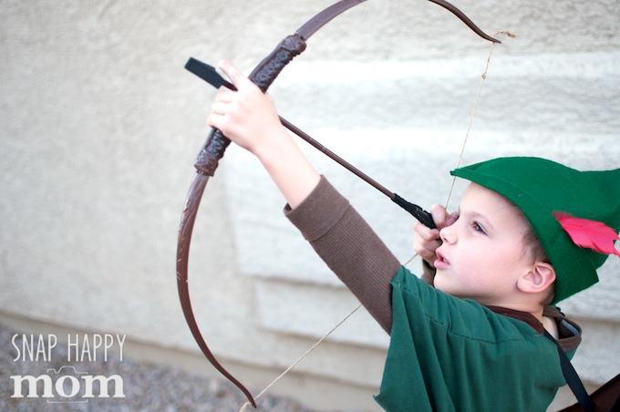 Robin Hood Family Costumes - handmade Robin Hood costume for a boy - SnapHappyMom.com