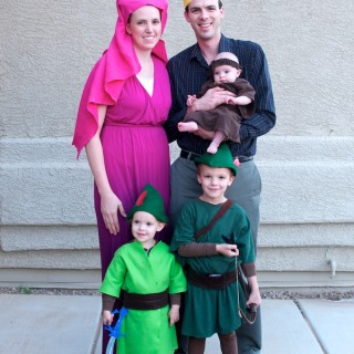 Happy Halloween From The Sherwood Forest – Family Robin Hood Costumes 2014