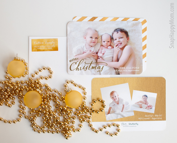 Finding The Perfect Gold Foil Holiday Card - SnapHappyMom.com - Gold Shimmer Look!