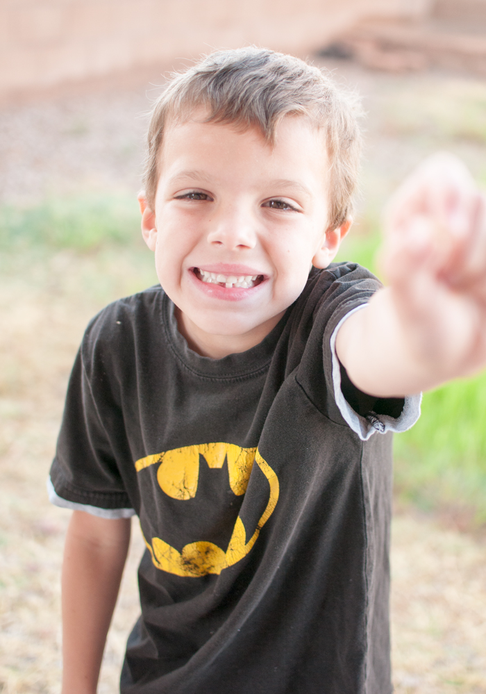 How To Take Pictures of that First Lost Tooth - SnapHappyMom.com