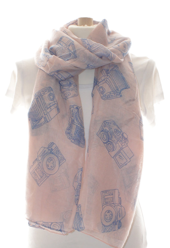Pink Camera Scarf - Gifts for Photographers