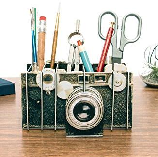 camera-pencil-box
